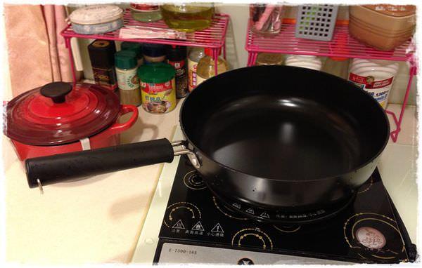 無印良品MUJI平底鍋_鋁製氧化鋯炒鍋24cm (5)