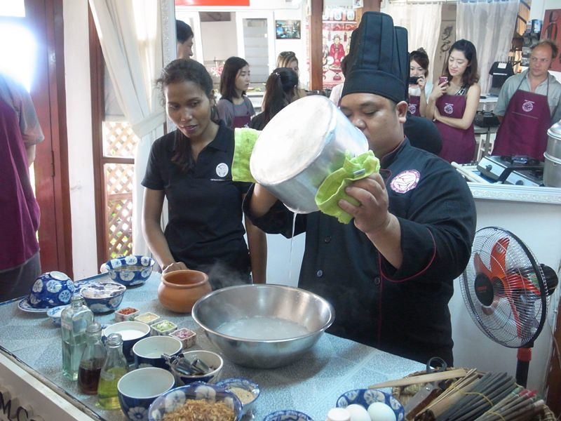 越南廚藝學院學做菜-Vietnam越南旅遊胡志明市第一郡-Vietnam Cookery Center-Cooking Class Saigon (76)