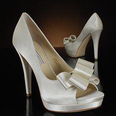 vera-wang-lavendar-shoes-婚鞋-bellavita-婚紗試穿1