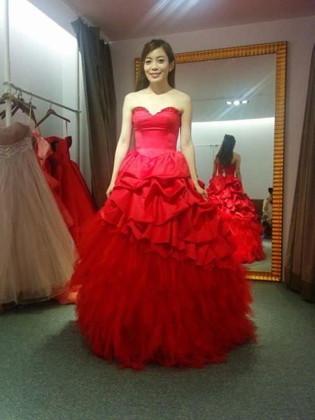 wedding準新娘挑禮服-挑婚紗-De Novia台北士林劍潭站 (18)